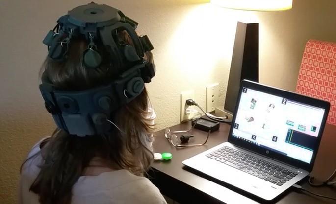 用意念創造內容,Neurable打造VR腦機接口